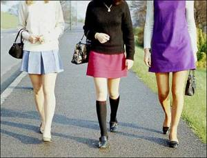 1341486053No-mini-skirts-Jamiat-wants-dress-code-for-JK-tourists
